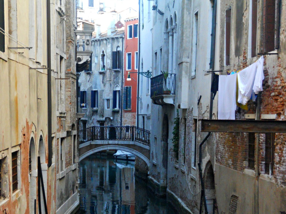Laundry in Venice (of course, it looks beautiful)